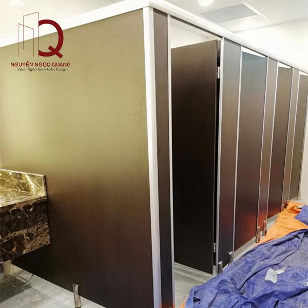 cải tạo khu hhaf vệ sinh cho nhà má khí