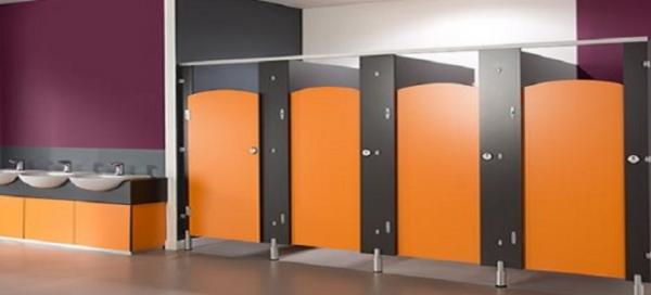 So Sánh ưu điểm của vách ngăn vệ sinh Compact HPL so với các loại vách ngăn khác