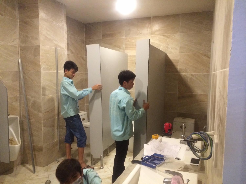 Thi công vách ngăn vệ sinh tại Đà Nẵng